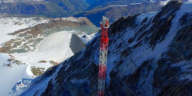 Montaje de grua TLS 6510 en Mont Blanc