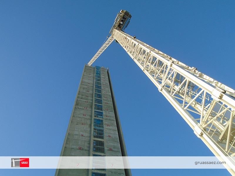 Cranes Sáez - Luffing Jib - SL 240