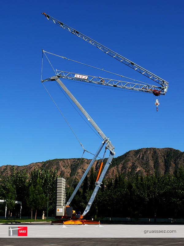 Cranes Sáez - Self Erecting - H32