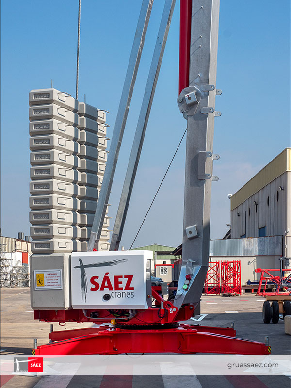 Grúas Sáez - Self Erecting - H 32