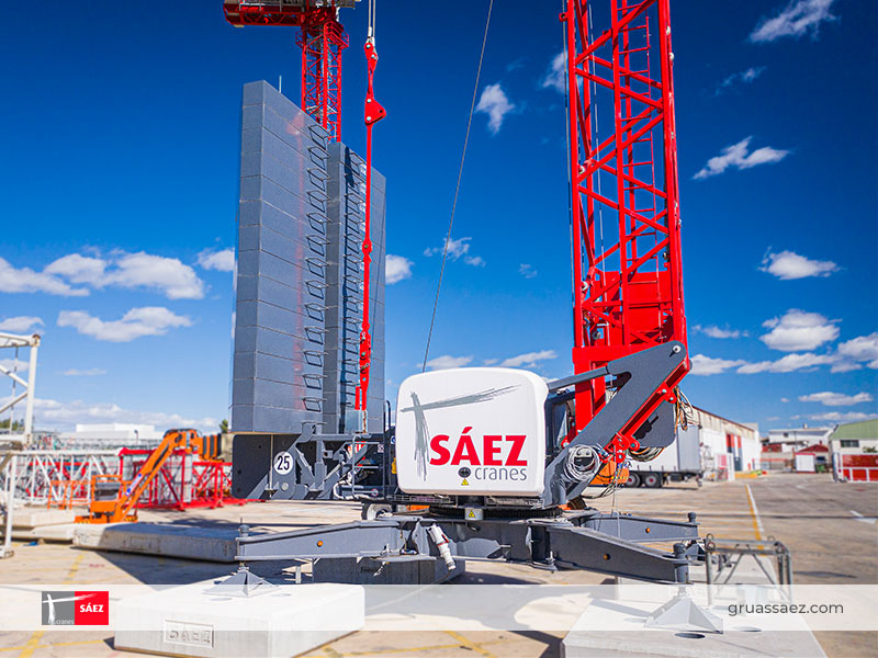 Grúas Sáez - Self Erecting - HT 47